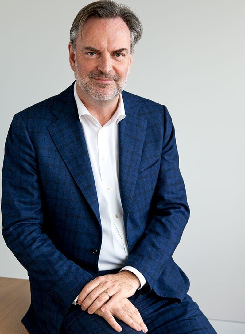 Mr. drs. Arnold R.J. Croiset van Uchelen